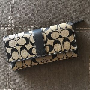 COACH Large Trifold Wallet